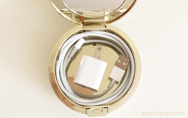 iphoneのLightning-USBケーブルをミラノコレクションケースに収納
